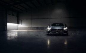 Обои mercedes-benz, amg, gt, silver, color, engine, angar, smoke, front