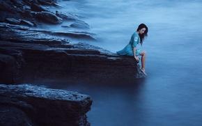 Картинка Девушка, Туман, Обрыв, Скала, Платье, Голубое