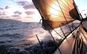 Картинка sunrise, tourism, ship, брызги, море, катера, волны, океан, sky, journey, лодка, корабли, пейзажи, яхта, ветер, ...