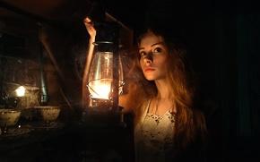 Картинка девушка, темнота, фонарь, Даша