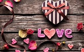 Картинка любовь, коробка, подарок, романтика, сердце, лепестки, лента, доска, love, бант, heart, gift, Valentines Day