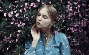 Картинка girl, flowers, lazy