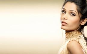 Картинка девушка, актриса, красавица, girl, sexy, eyes, smile, beautiful, Freida Pinto, model, pretty, beauty, lips, face, …