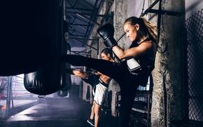 Обои girl, workout, kickboxing