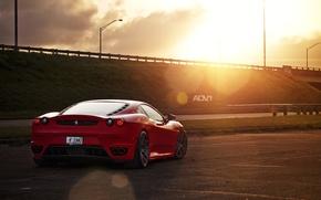 Обои солнце, красный, трасса, вечер, тачка, F430, Ferrari, red, феррара