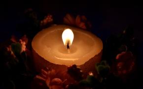 Картинка цветы, огонь, пламя, Свеча, венок, свечка