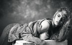 Картинка взгляд, девушка, джинсы, куртка, губки, Elle