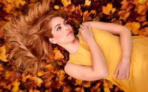 Картинка портрет, в жёлтом, осень, листья, рыжеволосая