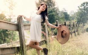 Картинка лето, девушка, природа, тепло, брюнетка, шляпка