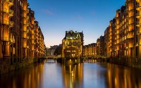 Картинка здания, Германия, мосты, ночной город, Гамбург, Germany, каналы, Speicherstadt, Hamburg, Шпайхерштадт