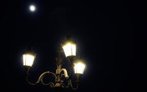 Картинка ночь, город, lights, луна, фонарь, moon, night, romantic