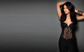 Картинка девушка, актриса, красавица, girl, sexy, cleavage, eyes, beautiful, model, pretty, beauty, face, brunette, pose, cute, …