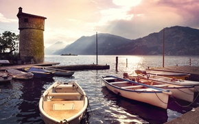 Картинка море, горы, лодки, утро, причал, Италия