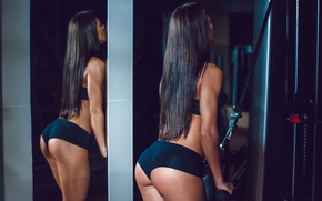 Обои pose, workout, gym, brunette, fitness