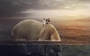 Обои море, медведь, дети