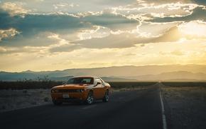 Картинка дорога, солнце, облака, холмы, фары, силуэт, колеса, Dodge, Challenger
