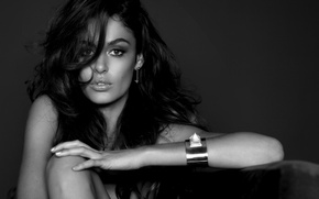 Картинка Nicole trunfio, model,  jewels campaign, russell james, model, girl, brunet