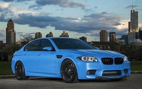 Картинка чёрные, голубой, бмв, BMW, диски, f10, ббс, Yas Marina Blue