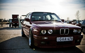 Обои фары, тюнинг, BMW, выставка, автомобилей, старая, темно-красная, тouring, мощность, E30 M3, злая