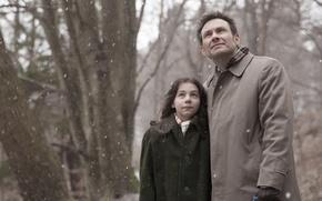 Картинка снег, девочка, актёр, Maja Arsovic, Christian Slater