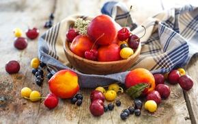 Картинка лето, ягоды, тарелка, фрукты, натюрморт, персики, смородина, черешня, нектарин, Julia Khusainova