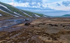 Картинка песок, небо, вода, облака, снег, пейзаж, горы, природа, земля, склоны, весна, лужи, Россия, Камчатка, обои ...