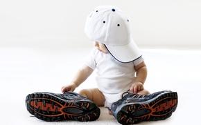 Обои большие, кросовки, ребенок, кепка