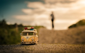 Картинка дорога, макро, модель, игрушка, съемка, машинка, photo, photographer, микроавтобус, моделька, Jamie Frith