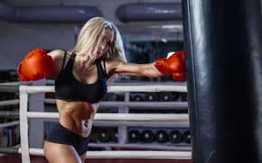 Картинка woman, punch, boxing, boxing gloves