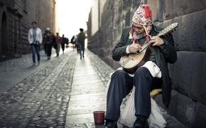 Картинка город, улица, музыкант