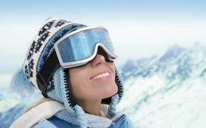 Картинка зима, снег, улыбка, Девушка, очки
