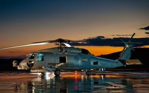 Обои Небо, Вертолёт, Горы, База, Многоцелевой, Облака, Sikorsky, Сикорский, SH-60 Sea Hawk, Аэродром, Закат