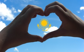 Обои небо, солнце, орел, сердце, руки, флаг, Казахстан, сам сделал (=