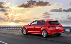 Картинка красный, небо, асфальт, дорога, автомобиль, рассвет, Ауди, фото, 2013, закат, Audi, облака, Sportback