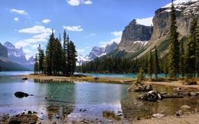 Обои озеро, лес, горы, остров, природа, Канада, пейзаж