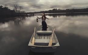 Картинка девушка, озеро, лодка, лампа