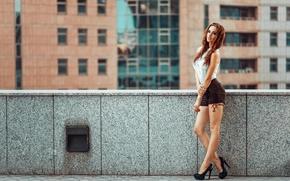 Картинка город, шорты, фигура, ножки, Россия, Алла