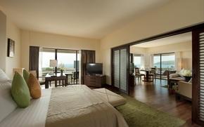 Картинка комната, диван, номер, interior, столик, лежаки., кровать, телевизор, hotel, suite, спальня, кресло, балкон, стол, Хилтон, ...