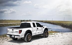 Картинка белый, небо, облака, Ford, white, речка, форд, Raptor, пикап, раптор, F-150, SVT, камуфляжная окраска