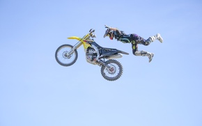 Обои небо, полет, маневр, пилот, мотокросс, Superman, FMX, экстремальный спорт