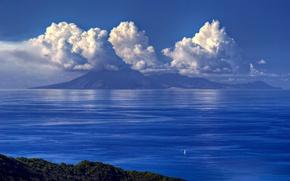 Картинка море, небо, облака, горы, парусник