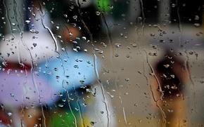 Картинка осень, стекло, капли, город, люди, дождь, зонтики, зонты
