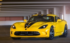 Картинка Желтый, Додж, Dodge, Парковка, Viper, Yellow, GTS, Parking, Вайпер, SRT
