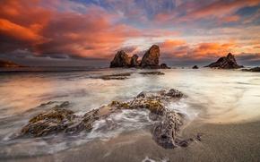 Картинка море, пляж, небо, облака, камни, скалы, Испания