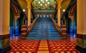 Обои картина, лестница, люстра, перила, колонны, ступени, США, Капитолий, статуи, Айова, Де-Мойн, Iowa State Capitol