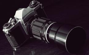 Картинка отражение, фотоаппарат, зеркальный, тёмный фон, с постоянным фокусным расстоянием 200мм, Pentax SV, светосильный объектив, Komura …