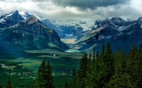 Картинка тучи, горы, дома, деревья, озеро, небо, долина, лес