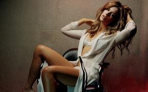 Картинка стена, кресло, блондинка, Kate Beckinsale, Кейт Бекинсейл