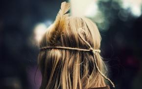 Картинка девушка, фон, перо, настроения, волосы, перья, блондинка, полноэкранные, HD wallpapers, обои для рабчоего стола