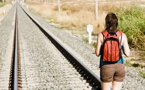 Картинка девушка, путь, железная дорога, рюкзак
